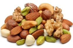 Орехи для укрепления иммунитета при ВИЧ-инфекции