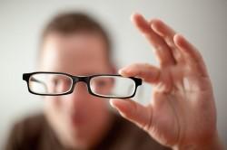 Нечеткость зрения при аллергии на глазах
