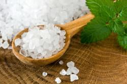 Польза морской соли для горла