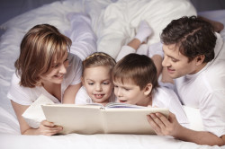Чтение - способ успокоить ребенка перед сном
