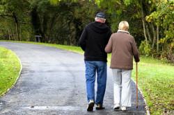 Прогулки на свежем воздухе для укрепления иммунитета в пожилом возрасте