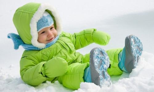 Закаливание малышей на свежем воздухе